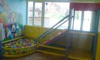 """Детски център """"Веселата къща"""" 1.22 x 3.70 x 2.10 m"""